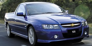 Chevrolet Lumina 6 0 V8 Ute Ss At 2008 8 Car Specs Chevrolet