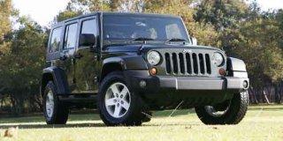 jeep wrangler unlimited 3 6 sahara at 2013 4 car specs jeep wrangler unlimited. Black Bedroom Furniture Sets. Home Design Ideas