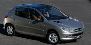 peugeot 206 1 6 roland garros 2004 1 car specs peugeot 206 specifications information on. Black Bedroom Furniture Sets. Home Design Ideas