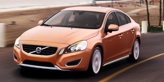 volvo s60 t5 essential car specs